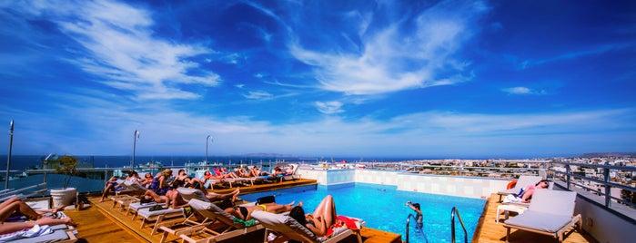 Capsis Astoria Heraklion is one of Cruising Thru Crete.