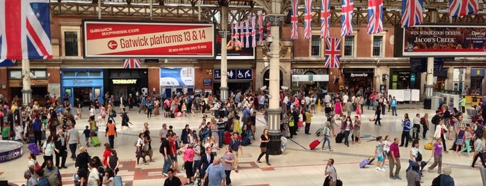 London Victoria Railway Station (VIC) is one of London.