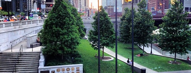 Vietnam Veterans Memorial is one of Guide to Chicago's best spots.