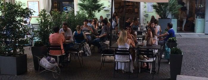 Mon Petit Bistrot is one of Aperitivi Cocktail bar e altro Brescia.