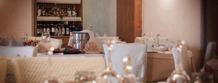 Hotel Rezia Bormio is one of Mis hoteles favoritos.