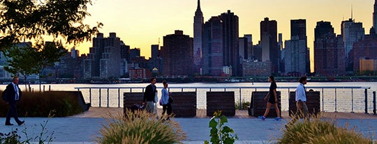 Brooklyn Bridge Park - Pier 1 is one of 92 Days of Summer in NYC.