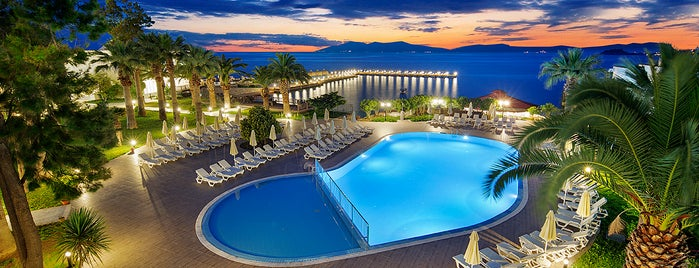 Le Bleu Hotel & Resort is one of Kuşadası.