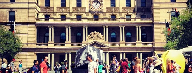 Customs House is one of Sydney tourist day.
