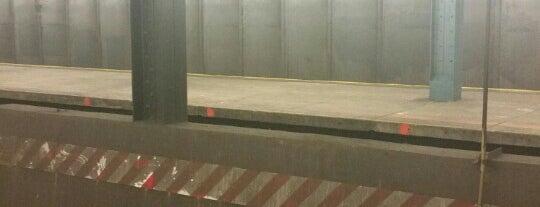 MTA Subway - Pelham Parkway (5) is one of NYC Subways 4/5/6.