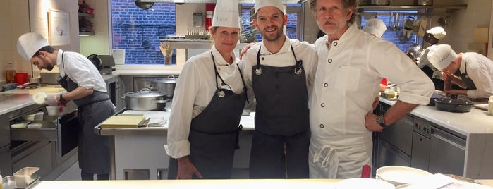 Gunter Seeger NY is one of Michelin NYC 2017.