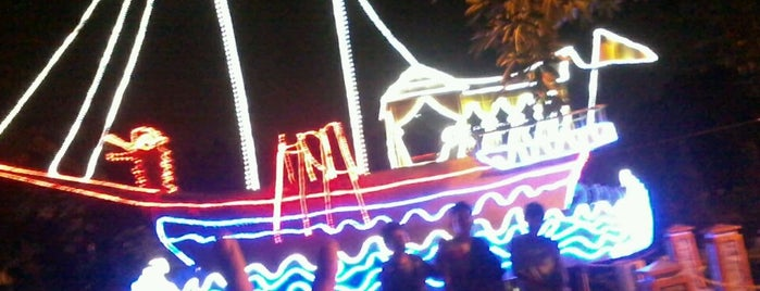Taman Kota Pekanbaru is one of Favorite affordable date spots.