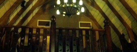 The Schoolhouse Bar is one of Dublin Food.