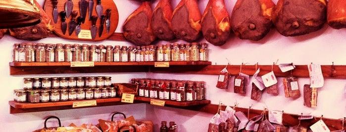 Antica Macelleria Falorni is one of Comer e beber.