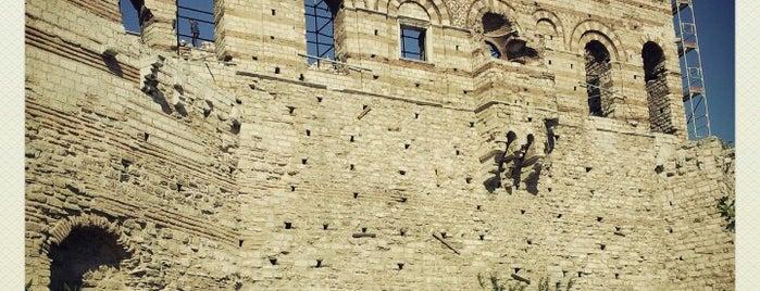 Tekfur Sarayı is one of 1stANBUL Tarih turu.