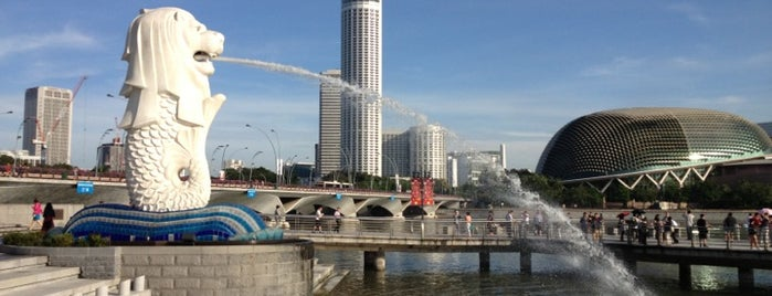 The Merlion is one of Singapore Life.