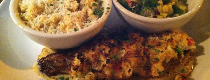 Harry's Seafood Bar and Grille is one of Cheap Lakeland Restaurants.