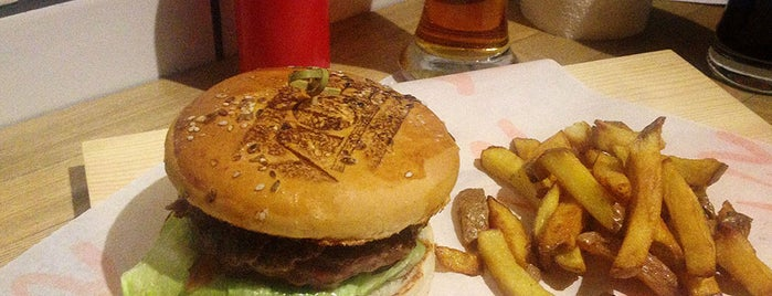 Vice Burgers is one of Burger Advocate Moscow.