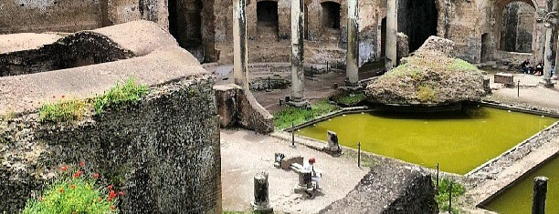 Villa Adriana is one of Neapol.