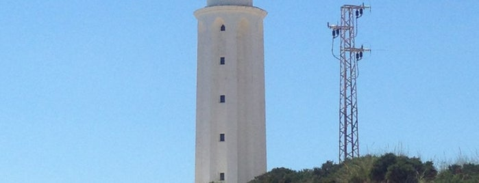 Faro de Trafalgar is one of Faros.