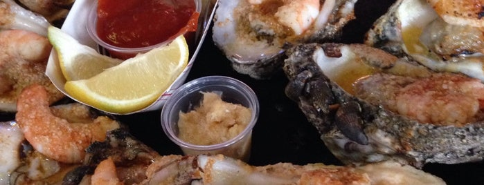 Gilhooley S Restaurant Oyster Bar Is One Of Top 13 Seafood Restaurants In Houston Bay Area
