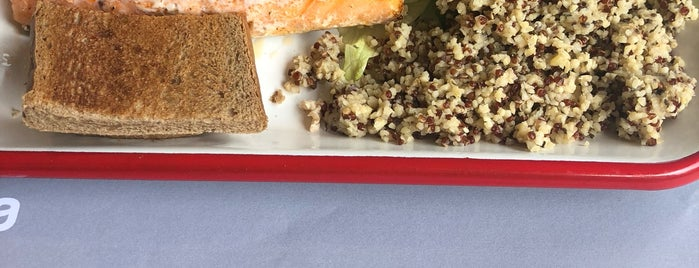 Dardenia Fish & Bread is one of aylakfare.
