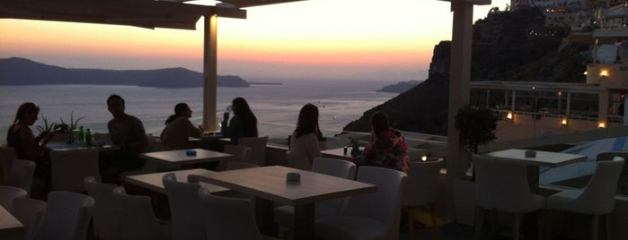 Idol is one of Santorini.