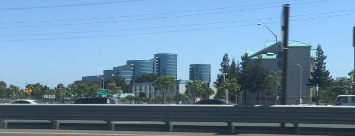 Oracle Plaza is one of Silicon Valley Tech Companies.