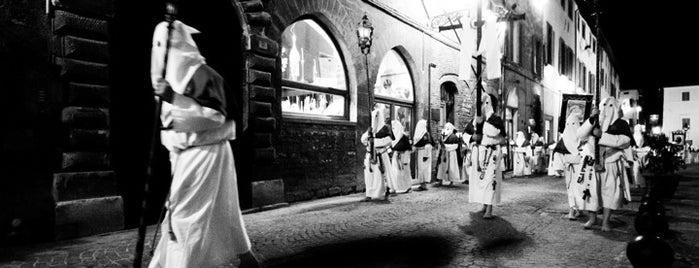 Venerdì Santo - Mostra Fotografica - Scuola di fotografia Santa Maria del Suffragio Fano is one of Photography.
