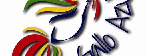 El Gallo Azul is one of Restaurantes, Bares, Cafeterias y el Mundo Gourmet.
