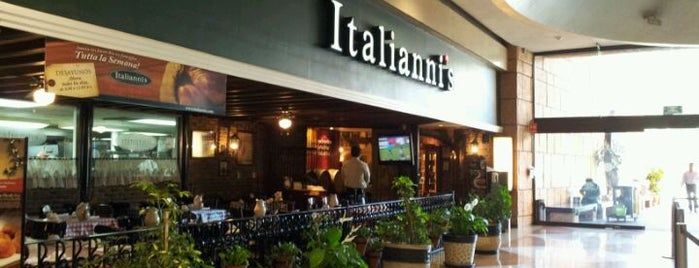 Italianni's Pizza, Pasta & Vino is one of RESTAURANTES.