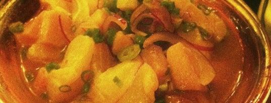 Nirá Sushi is one of Restaurantes.