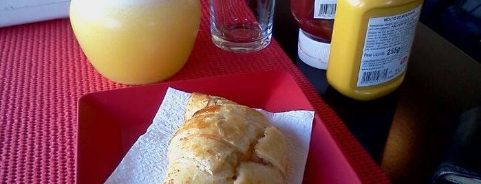 Palladares Café E Gastronomia is one of Em Santos.