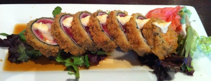 Pisces Sushi Bar & Lounge is one of Clt drank.
