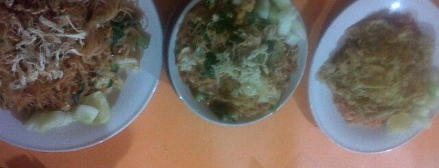 Bubur ayam pettarani is one of Top picks for Food Trucks.