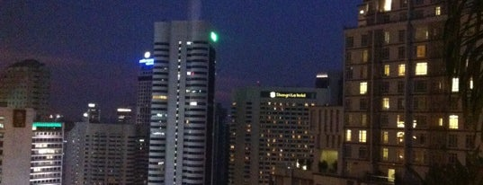7atenine (Skylounge) is one of 4sq Cities! (Asia & Others).