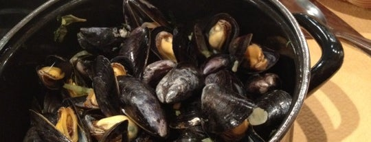 Aux Moules is one of The Hit List.
