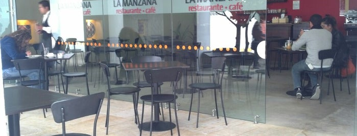 Café La Manzana (great Coffee Shop) Inside BOTERO Museum is one of Must-visit Food in Bogotá.