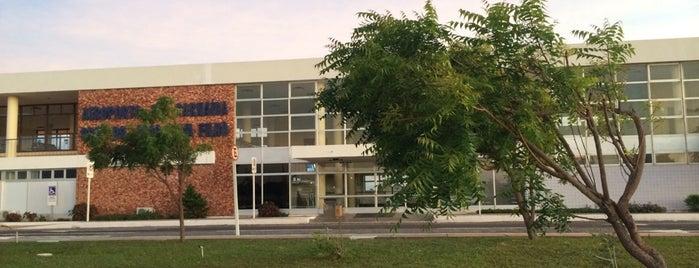 Aeroporto Internacional de Parnaíba / Prefeito Dr. João Silva Filho (PHB) is one of Aeroportos do Brasil.