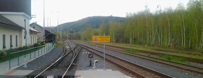 Železniční stanice Ptení is one of Železniční stanice ČR: P (9/14).