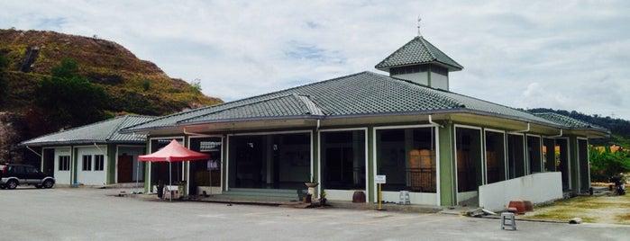 Surau At-Taufiqqiah Shah Alam2 is one of Masjid Dan Surau.