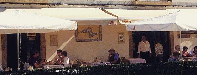 Ponto de Encontro is one of Guía del Algarve.