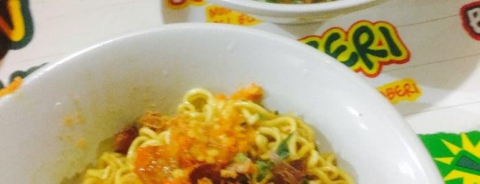 Baso PMI Pandu Raya is one of Great Noodles-Baso in Bogor.