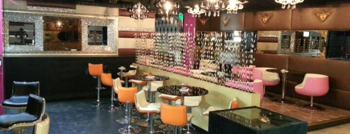 Crazy Cafe & Lounge is one of A.
