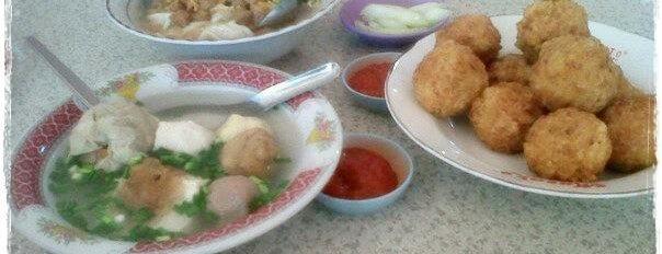 Mie bakso Manalagi is one of Kuliner di Kediri.