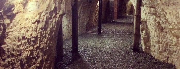 Mělnické podzemí is one of Doly, lomy, jeskyně (CZ).