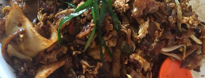 No: 18 Zion Road Fried Kway Teow is one of Good Food Places: Hawker Food (Part I)!.
