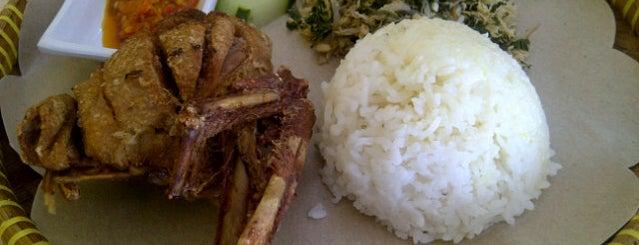 Bebek & Ayam Goreng Sambal Setan Cak Mar is one of Bali - Kuliner.