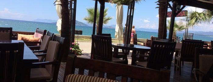 Calisto Cafe Bar is one of Fethiye.