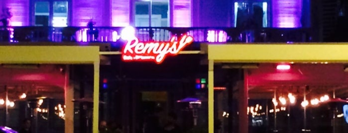 Remy's Cafe Brasserie is one of HOMİNİ GIRTLAK.