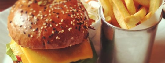 Corner Burger is one of Выбор редакции.