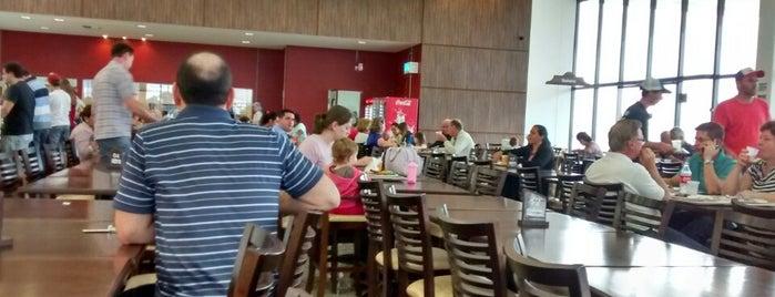 Restaurante Hipermercado C.Vale is one of Comida e bebida.