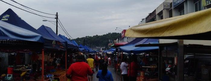 Pasar Malam Taman Bukit Kuchai is one of makan @ KL #16.