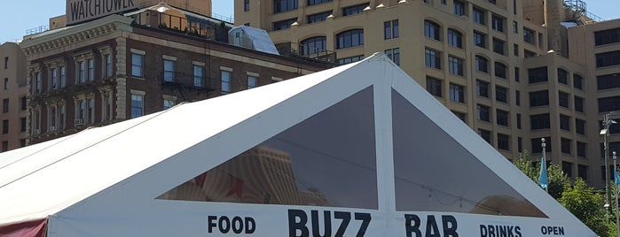 Buzz Bar is one of Drinking Outside.