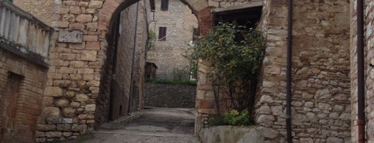 Giano dell'Umbria is one of #invasionidigitali 2013.